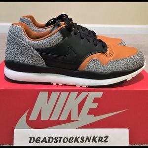 2018 Nike Air Safari OG
